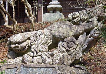 川辺八幡神社の阿像